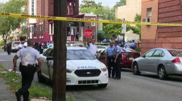 Philadelphia Shoot Out - A Minimum of 6 Policemen Killed 61