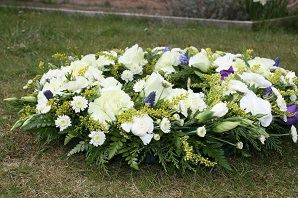 The Best Way to Choose Condolence Flowers 64